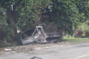 carcasse vehicule st louis 01 300x200 carcasse vehicule st louis 01