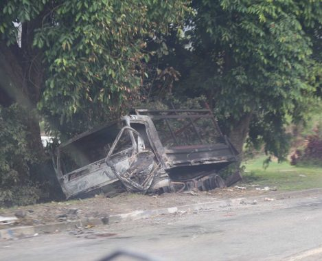 carcasse vehicule st louis 01